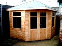 Summerhouse / Chalet - Corner Unit - Garden - Timber - Cornwall